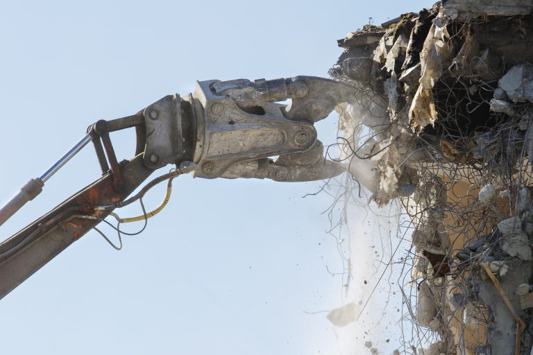 Demolition waste forecasting for a better management and materials recovery